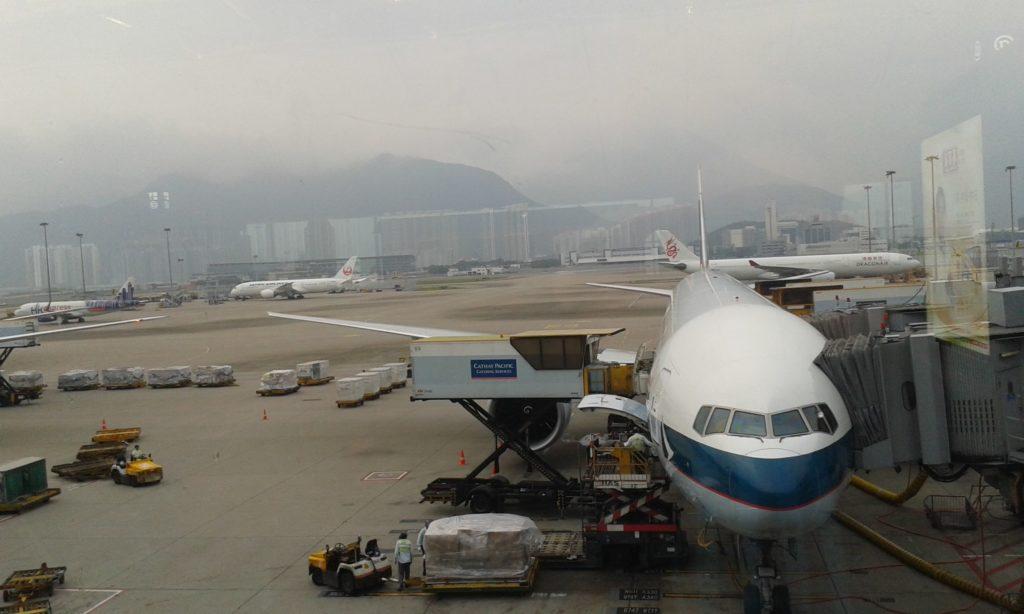 Flughafen in Hongkong während Auslandsaufenthalt in Japan.